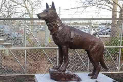 Life Size Dog Statues Bronze Animal Sculptures For Garden