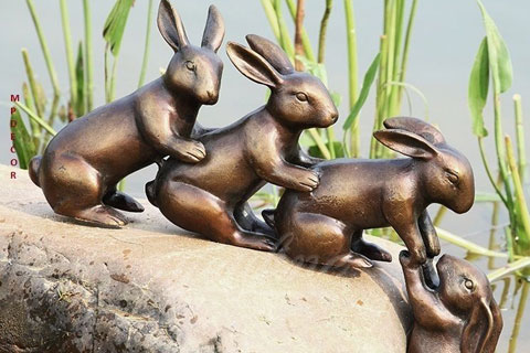 Antique Bronze Helping Hands Rabbit Sculpture for Wholesaling BOK-258