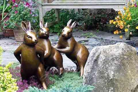 Life size casting bronze rabbit sculpture for sale