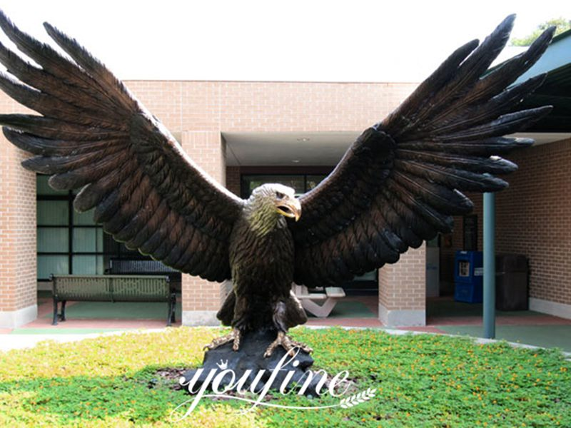 Outdoor Life size Decorative Bronze animal statues of eagle flying for outdoor for Sale BOK-333