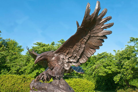 Outdoor bronze animal antique bronze garden eagle sculptures for sale