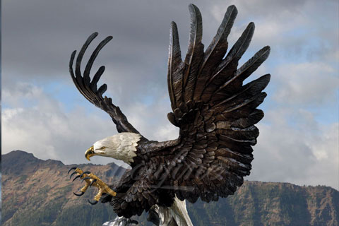 Outdoor decoration bronze animal craft metal eagle statue for sale