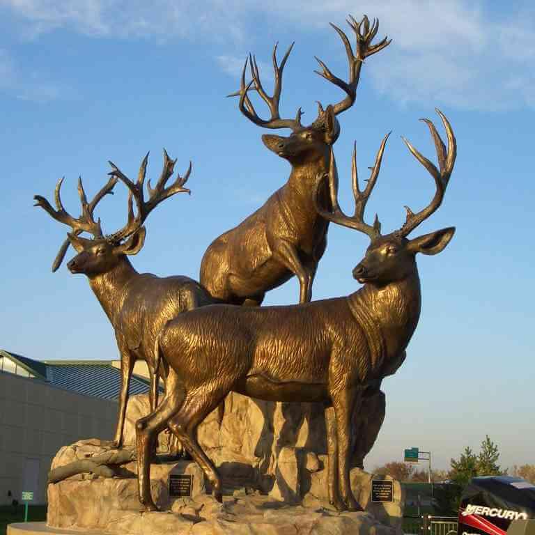 bronze animal sculpture elk statues garden life size bronze deer statues for sale