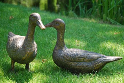 Life size Large bronze animal cute duck statue sculpture for garden