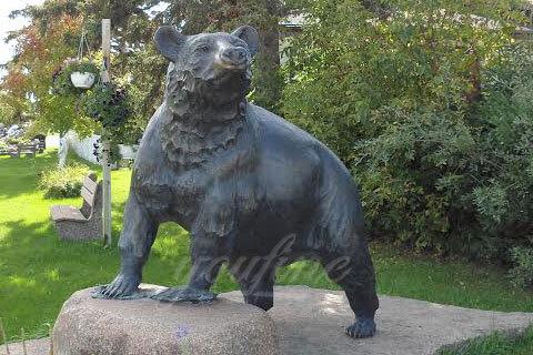 Life size black casting bronze bear statue for garden decor