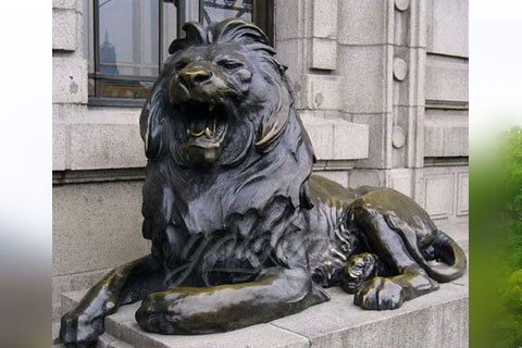 Life size bronze metal roaring lion statues for garden