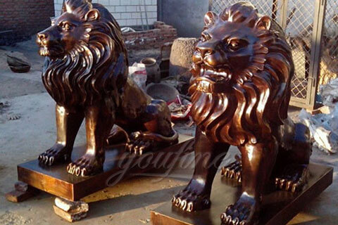 A set of outdoor garden decoration metal sculpture large bronze lions statues for the entrance of my house