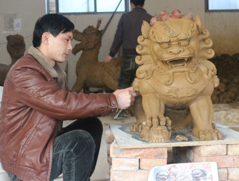 Lion Clay model master