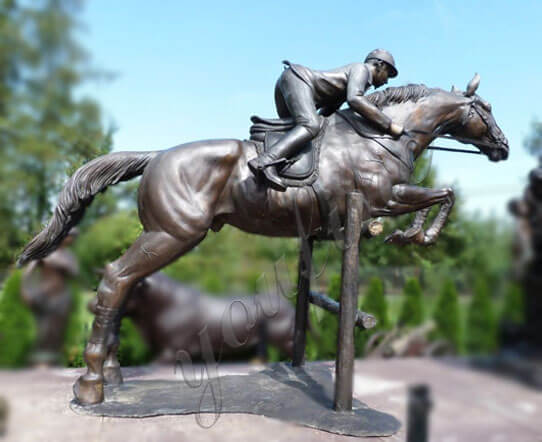 horse-racing-sculptures
