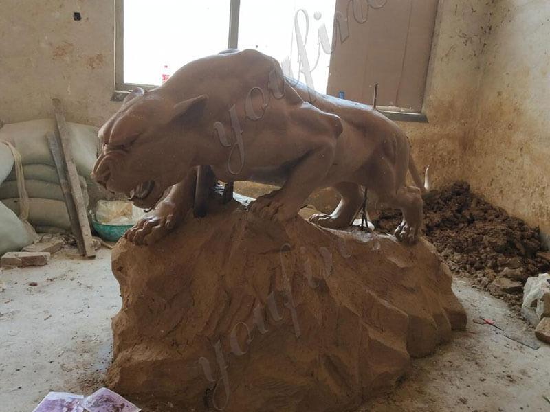 outdoor-life-size-bronze-panther-sculpture-statue-wildlife-sculptures-for-sale